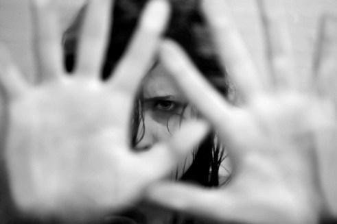 Imagem ilustrativa 300x200 - Homens são presos suspeitos de estuprar adolescente durante três dias em Sapé