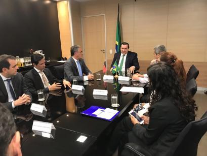 WhatsApp Image 2018 11 13 at 11.34.38 300x225 - Ministério da Integração aprova projeto da PMJP para contenção da erosão da barreira do Cabo Branco e ministro promete lutar para empenhar recursos