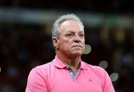 Abel Braga tranquiliza torcedores e agradece apoio após sofrer arritimia