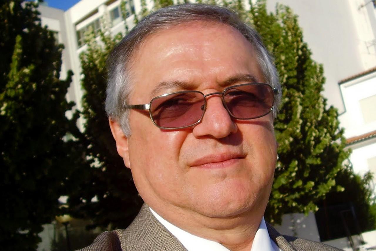 alx professor ricardo velez rodriguez 20091016 001 original - 'ANÁLISE' DAS QUESTÕES: MEC cria comissão para vigiar Enem