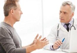 Psicóloga explica o motivo do exame de toque ainda ser um tabu entre os homens