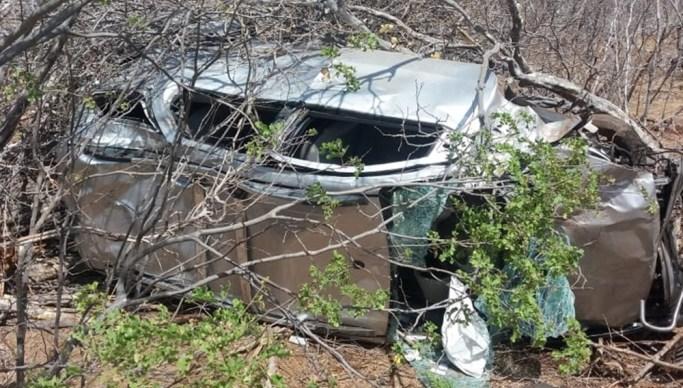 carro freiras - Quatro freiras de Cajazeiras sobrevivem a capotamento no Rio Grande do Norte
