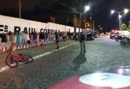 Operação Cidade Segura: Polícia aborda 250 pessoas em praça e apreende drogas, armas brancas e veículos