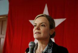 'CEDEU AO SISTEMA': Gleisi Hoffmann critica Bolsonaro após acordo entre PSL e Rodrigo Maia