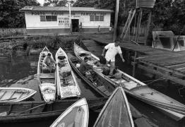 """Saída de cubanos do """"Mais Mais"""" é primeiro golpe de Bolsonaro nos mais pobres"""