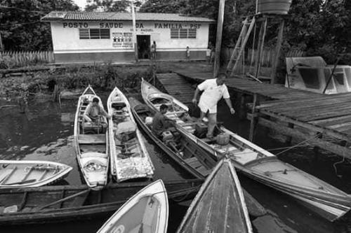 """mais mais 300x200 - Saída de cubanos do """"Mais Mais"""" é primeiro golpe de Bolsonaro nos mais pobres"""