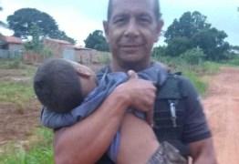 Pai abandona crianças de 1 e 3 anos em mata após briga com esposa