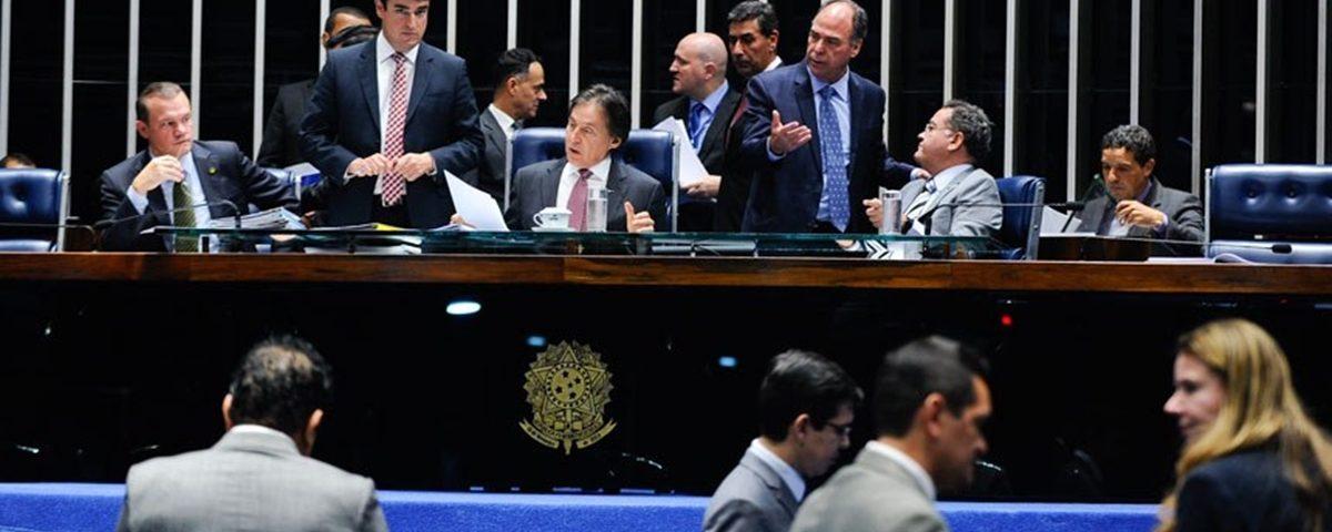 senado - Senado aprova multa para empresa de energia que interromper fornecimento