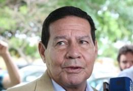 IGNORANDO BOLSONARO: Mourão defende 'boas relações' com Venezuela, China e Mercosul