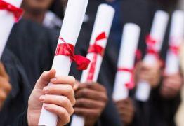Diploma inútil? quase metade dos jovens com diploma está fora da área de formação