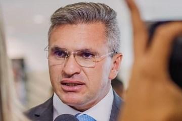 JULIAN LEMOS PSL - MOÇÃO DE SOLIDARIEDADE: 'O Governo da Paraíba não pode causar constrangimentos a jornalistas', diz Julian Lemos