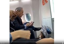 Em voo, Lewandowski se irrita com crítica e pede prisão de homem: VEJA VÍDEO