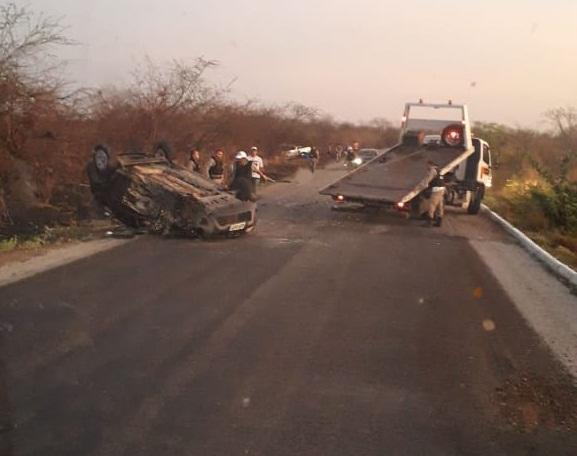 WhatsApp Image 2018 12 01 at 19.27.40 - Colisão violenta entre dois veículos na PB-393 deixa duas pessoas feridas, uma delas em estado grave