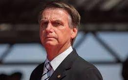 PDT retira assinaturas e título de cidadão cearense a Bolsonaro será arquivado