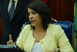 OUÇA: Estela Bezerra diz que mentes conservadoras por trás de Escola Sem Partido 'sequer conhecem a realidade da educação no Brasil'