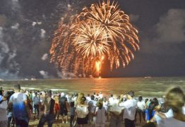 Veja dicas para quem vai passar o último dia do ano na praia