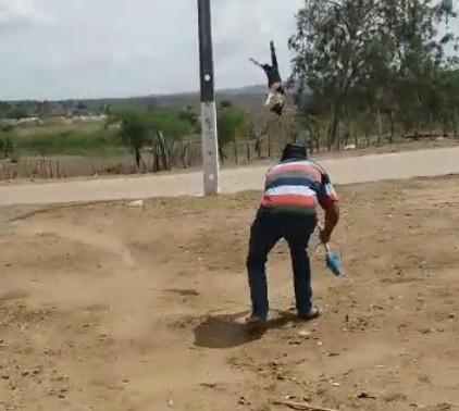 gato assassinado itabaiana - CENAS FORTES: Vídeo de gata sendo torturada em Itabaiana choca a Paraíba e repercute em todo Brasil