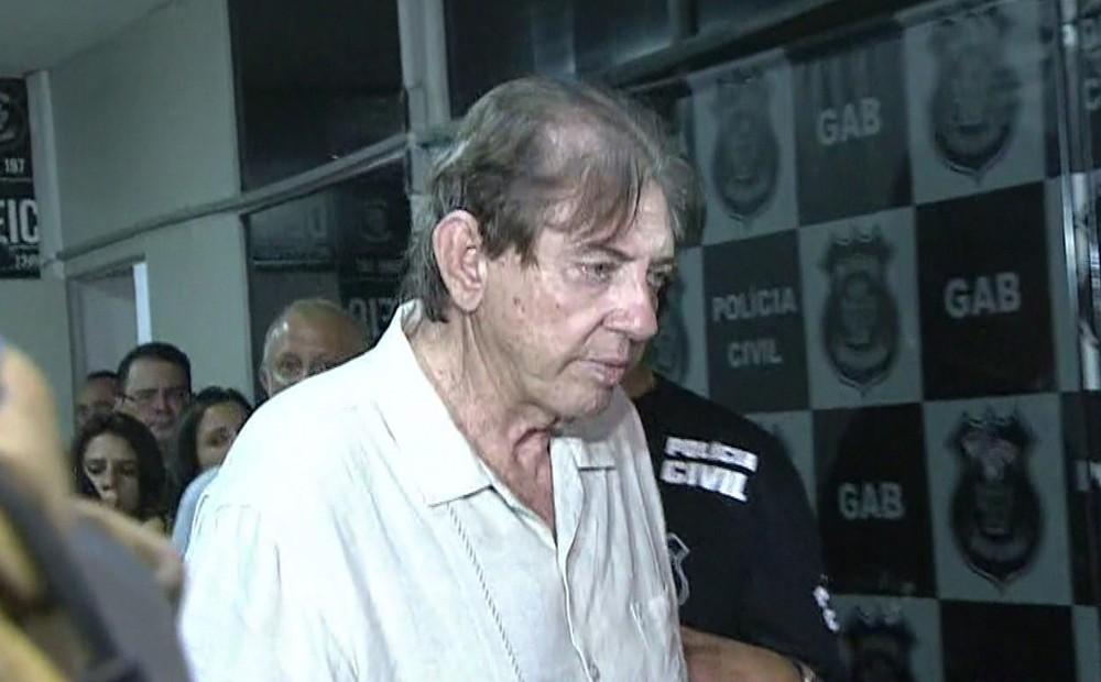 joaodedeus - João de Deus deixa hospital e é transferido para penitenciária em Goiânia