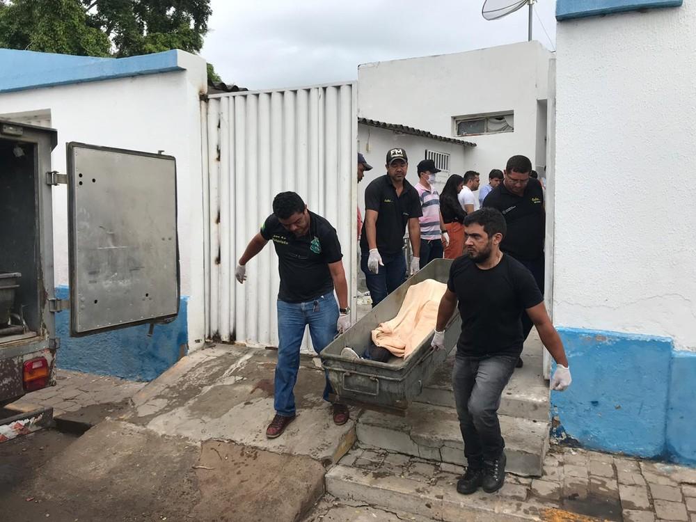 mortos g1 - MADRUGADA PESADA: Tentativa de assalto a banco com reféns deixa ao menos 10 mortos após tiroteio com polícia - VEJA VÍDEO