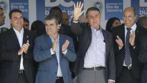 naom 5c17d4cf2daa9 1 300x169 - Bolsonaro quer integrar índios de reserva de Roraima