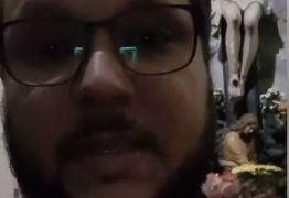 VEJA VÍDEO: Emocionado, padre que celebrava a missa antes do tiroteio na Catedral de Campinas grava vídeo pedindo calma