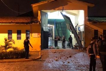 pb1 explosao - MAIS UM RECAPTURADO: Foragido da fuma em massa do PB1 é preso em casa nessa quarta