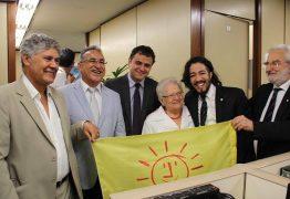 Psol se une ao PT e confirma que boicotará posse de Jair Bolsonaro