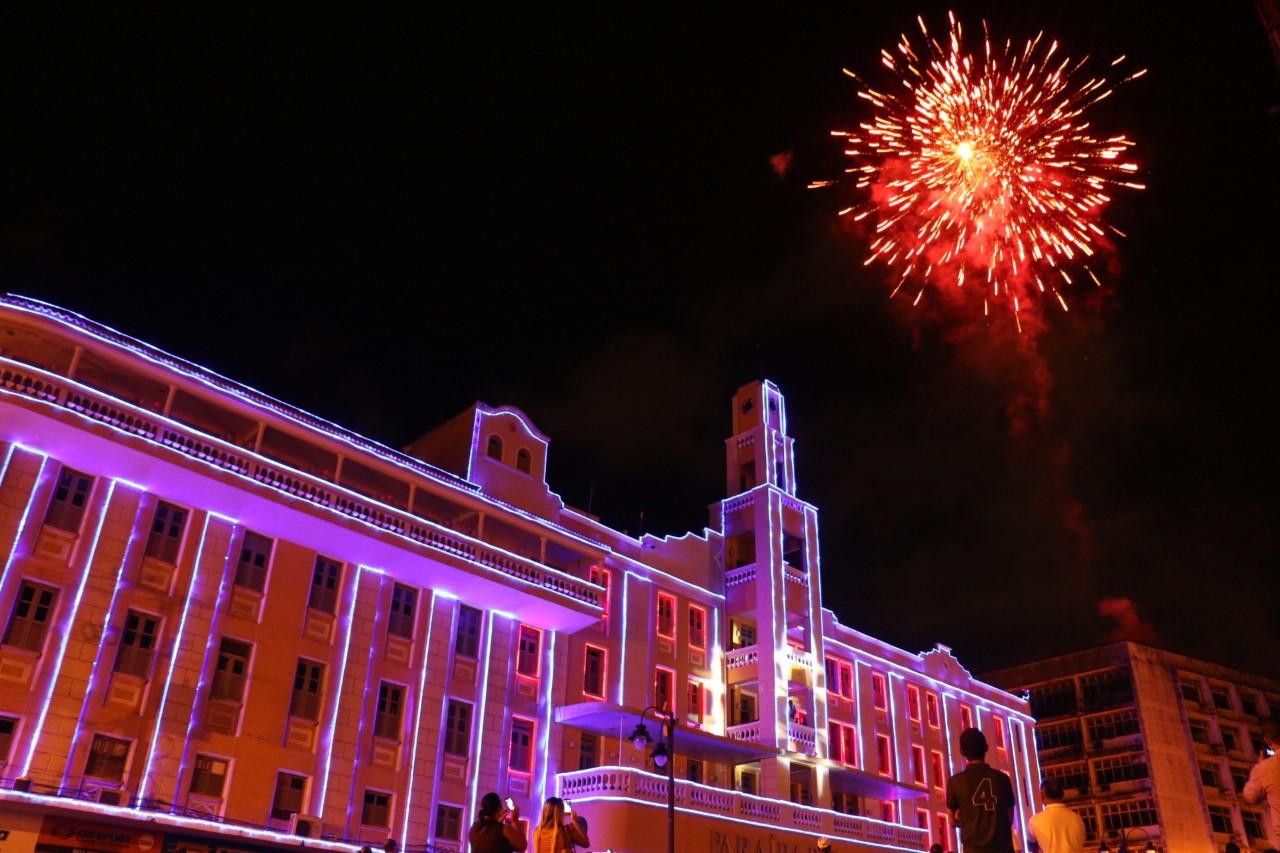 thumbnail ilumiação al3 foto francisco frança - Gervásio Maia inaugura decoração natalina da ALPB, nesta segunda