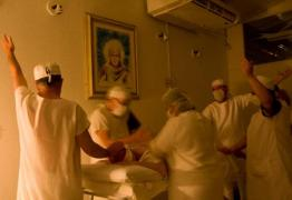Homem é procurado após mortes em supostas cirurgias espirituais