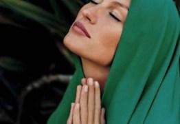 Gisele Bündchen 'se monta' para avisar que está orando por vítimas de Brumadinho e causa polêmica no Instagram