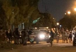 FESTA DA AL QUAEDA: Mais de 130 levados pra delegacia 20 são presos e drogas e armas apreendidas no Altiplano em João Pessoa
