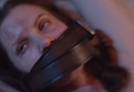 Atriz vítima de tráfico de mulheres conta sua história em filme reencenando agressões e estupros