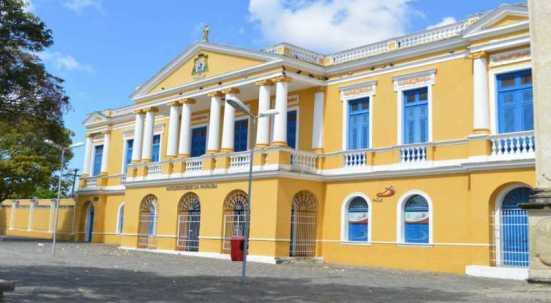 Arquidiocese da paraiba 300x165 - POLÊMICA: Padres da Paraíba pagavam por sexo a flanelinhas e coroinhas, diz procurador