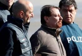 Battisti ficará em cela sozinho em área reservada a terroristas