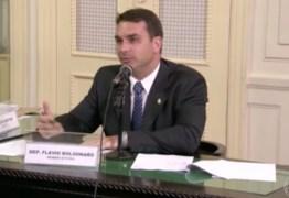 COBERTURA POLÍTICA: desde 5ª feira, Jornal Nacional já dedicou 43 minutos ao caso Queiroz
