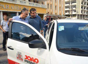 EntregaviaturasSedes foto dayseeuzebio 8 300x218 300x218 - Prefeito entrega 15 veículos e vai ampliar serviços de assistência às pessoas em vulnerabilidade social