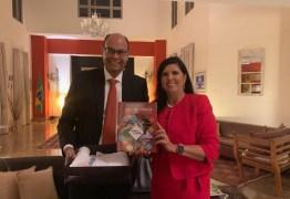 Vice-governadora Lígia visita Embaixada em Singapura