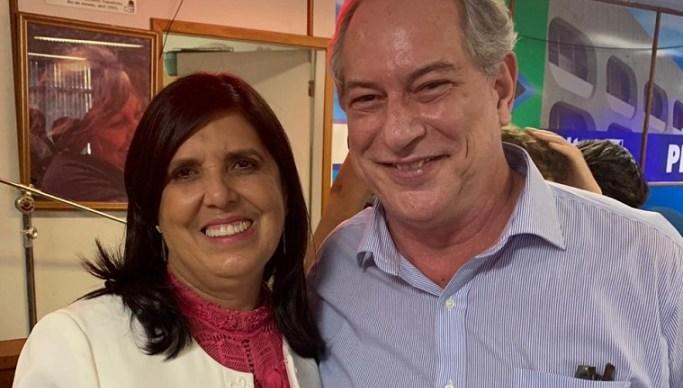 Lígia Feliciano com Ciro Gomes - Lígia Feliciano participa de encontro nacional e anuncia projeto PDT Digital na Paraíba
