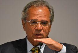 Ministro da Economia, Paulo Guedes, fala em 'travar' concursos públicos