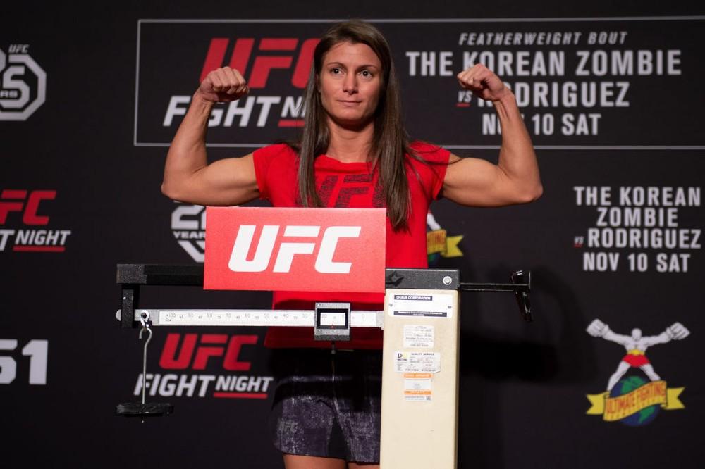 Polyana Viana - UFC marca novo confronto de lutadora brasileira que bateu em assaltante
