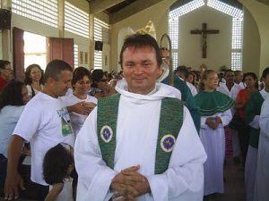 SEVERINO MÉLO 300x225 - Repercussão: Após escândalo, padre Severino pede demissão na Prefeitura de Conde