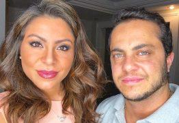 Andressa Ferreira 'tira onda' com o marido Thammy e rebate seguidora: 'Ridícula é você'