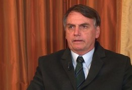 Após cancelar entrevista em Davos, Bolsonaro fala à Record e diz que investigações sobre Flávio Bolsonaro é tentativa para atingir seu governo