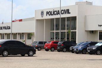 central de policia walla santos 12 300x200 - OPERAÇÃO PARETO: Polícia cumpre mandados de prisão em cadeia pública da PB