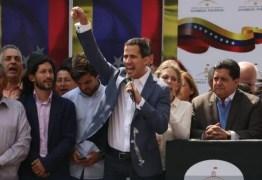 Presidente do congresso venezuelano pede apoio para assumir Executivo e convocar eleição para substituir Maduro