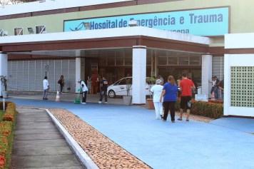 hospital de trauma jp3 foto walla santos 300x200 - Homem sofre tentativa de homicídio e é atingido por vários tiros em João Pessoa