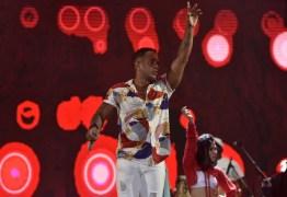 Vocalista da banda La Fúria aposta em 'Fábio Assunção' para música do carnaval – VEJA VÍDEO
