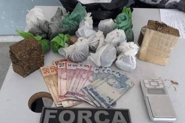 jovem trafico  300x200 - Mulher é presa suspeita de tráfico de drogas em Campina Grande