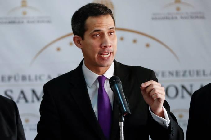 juan guaido caracas 11012019 - 'Não sejam cúmplices da ditadura de Maduro', afirma Juan Guaidó após ser criticado