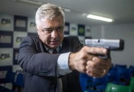 Se eu fosse cidadão comum, não deixaria a arma no cofre, diz presidente do PSL